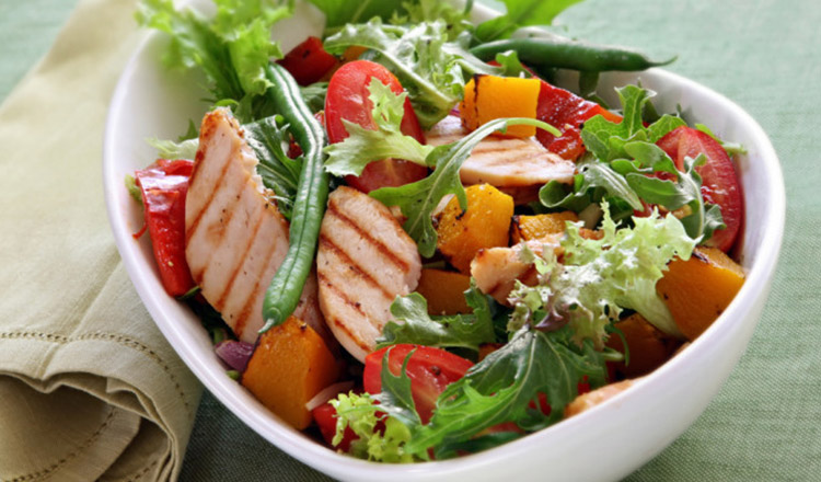Salata de vara pe care nu trebuie sa o ratezi!