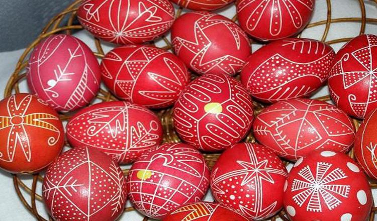 Cum vopsesti ouăle de Paște in mod sanatos