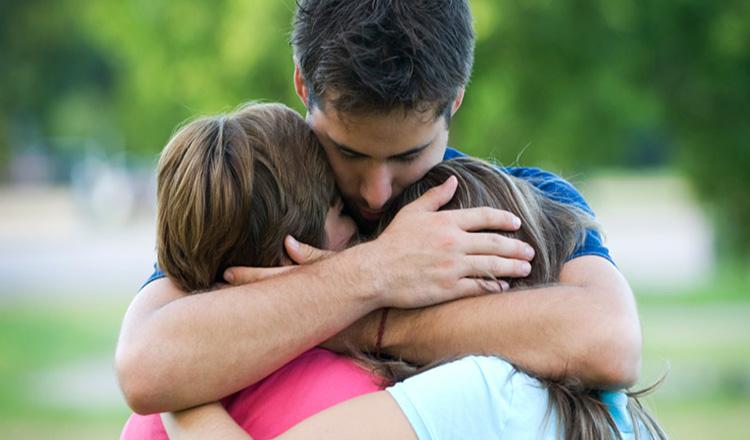 Copiii care sunt iubiți, devin adulți care pot iubi. Adevăruri simple pentru toți părinții