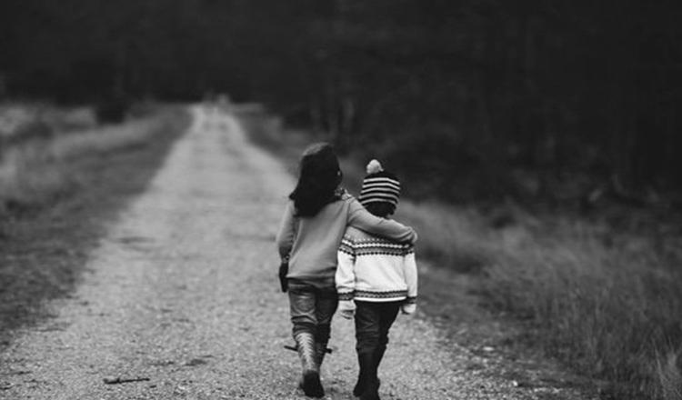 Copiii nu sunt ai noștri, ei ne sunt doar împrumutați pentru o vreme