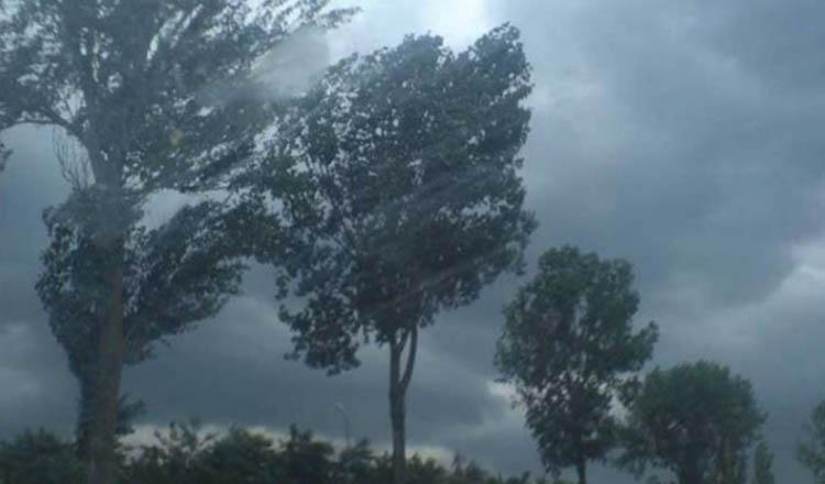 Furtuni violente în România! Vine prăpădul în mai multe zone din țară