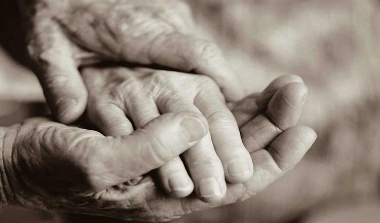 Dupa ce parintii nostri nu vor mai fi, viata noastra se va schimba pentru totdeauna