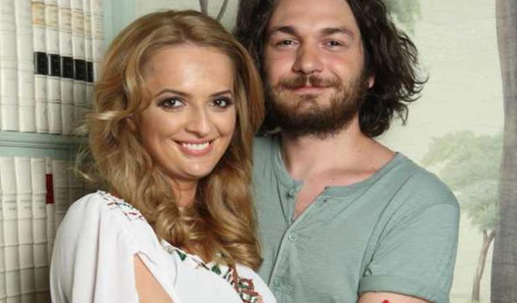 """Anuntul facut de chef Florin Dumitrescu la 10 ani de relatie: """"Nimeni nu ne dadea mai mult de o luna impreuna"""""""